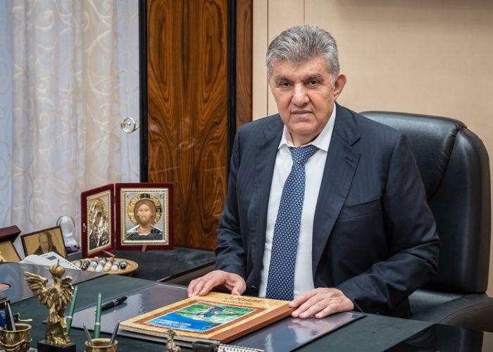 Никакие причины, в том числе связанные со здоровьем, не могут повлиять на мою решимость участвовать в выборах - на кону само существование Армении