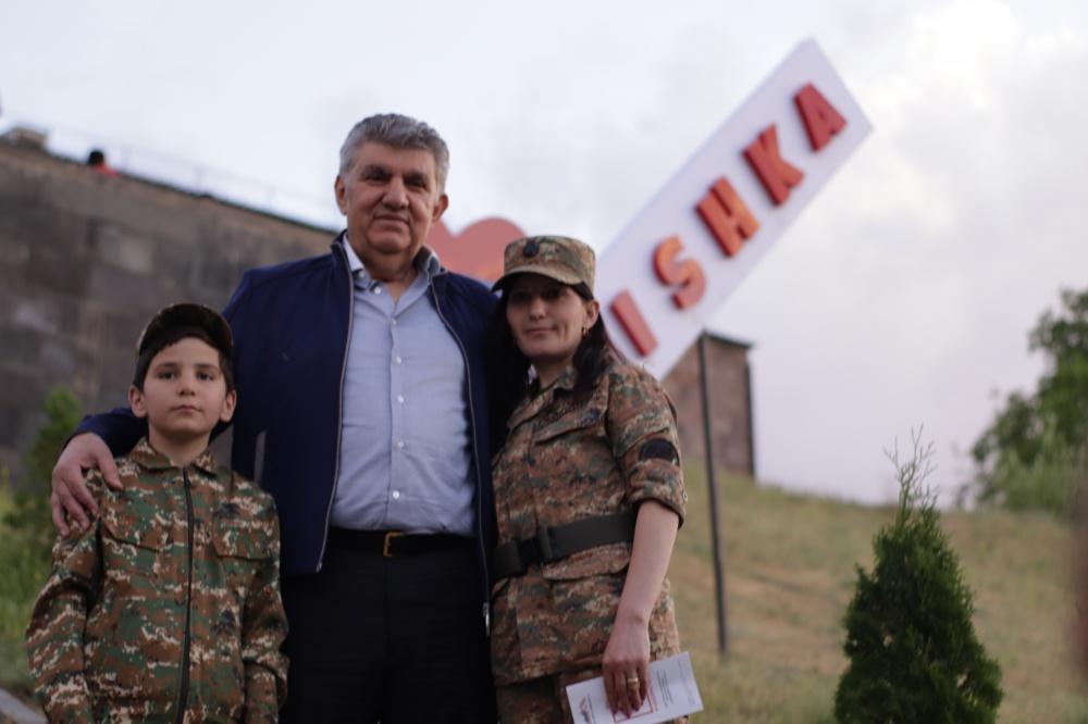 Ара Абрамян на встрече с жителями родного села - Малишка (видео)