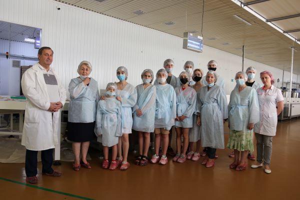 Краснодарские дети познакомились с кондитерским производством на фабрике «Метрополис»