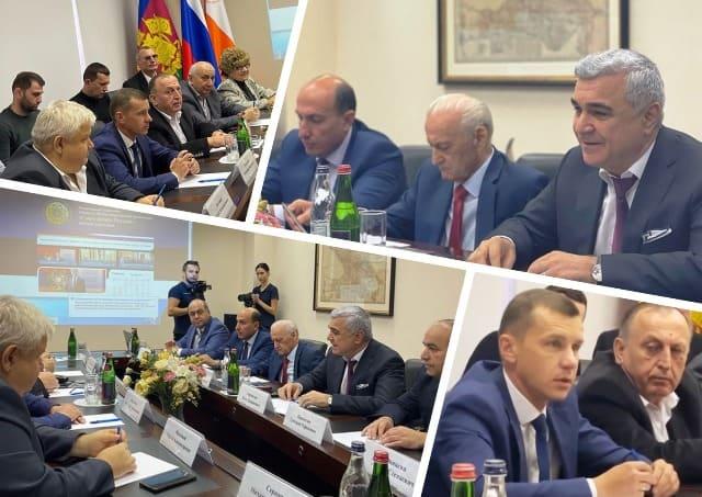 Руководители национальных общин Кубани в гостях у Союза армян России (видео)